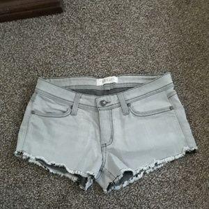 Habitual shorts
